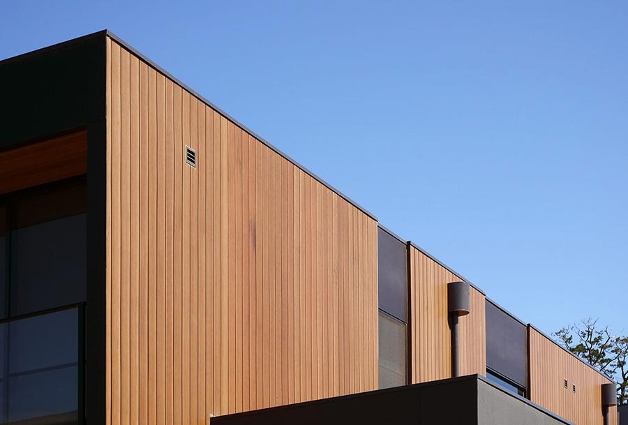 Вентилируемый фасад из планкена